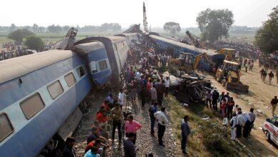 صورة فيديو.. شاهد لحظة تصادم قطاري سوهاج في صعيد مصر