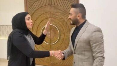 """صورة """"تامر حسني"""" حديث السوشيال ميديا بعد موقفه مع معجبة إسكندرانية"""