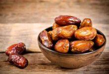 صورة قبل رمضان.. ماذا يحدث لجسم الإنسان عند تناول التمر يوميًا؟
