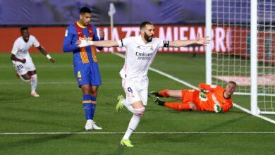 صورة ريال مدريد يهزم برشلونة في كلاسيكو الأرض ويخطف صدارة الليجا