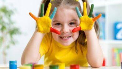 صورة 5 أفكار سهلة لتعليم الألوان لطفلك بعمر السنتين