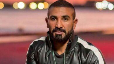 """صورة الفنان """"أحمد سعد"""" يعتذر لشاب بعد صفعه في بنزينة"""