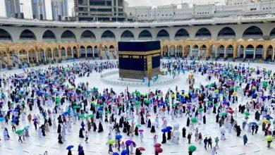 """صورة فيديو.. """"المسجد الحرام"""" يستقبل المعتمرين والمصلين بداية من غدًا الأحد"""