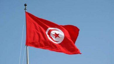 صورة فيديو.. عضو حركة النهضة يُلقي بمواطن تونسي من فوق مبنى