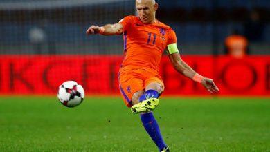 """صورة فيديو.. الهولندي """"آريين روبن"""" يعلق حذائه ويعلن اعتزاله كرة القدم"""