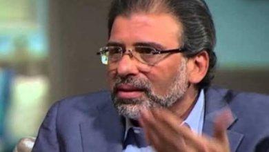 """صورة فيديو.. أول ظهور إعلامي للمخرج """"خالد يوسف"""" بعد عودته لمصر"""