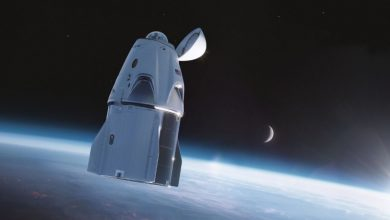 """صورة فيديو.. """"فالكون 9"""".. انطلاق أول رحلة سياحية للفضاء"""