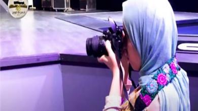 """صورة فيديو.. قصة إسراء إسماعيل """"المصورة الكفيفة"""""""